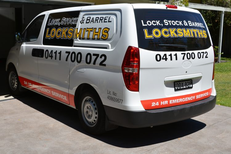 Seven Things You Should Know Before Hiring A Locksmith